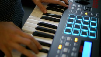 Akai MPK249 MIDI Keyboard Controller Review
