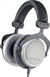 A higher quality monitor headphone