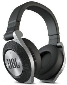 The best Bluetooth headphones under $200