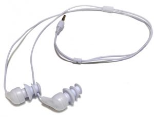 A simple pair of headphones to buy in the water