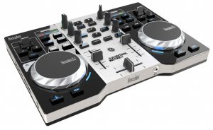One of our favorite picks for the best beginners DJ equipment