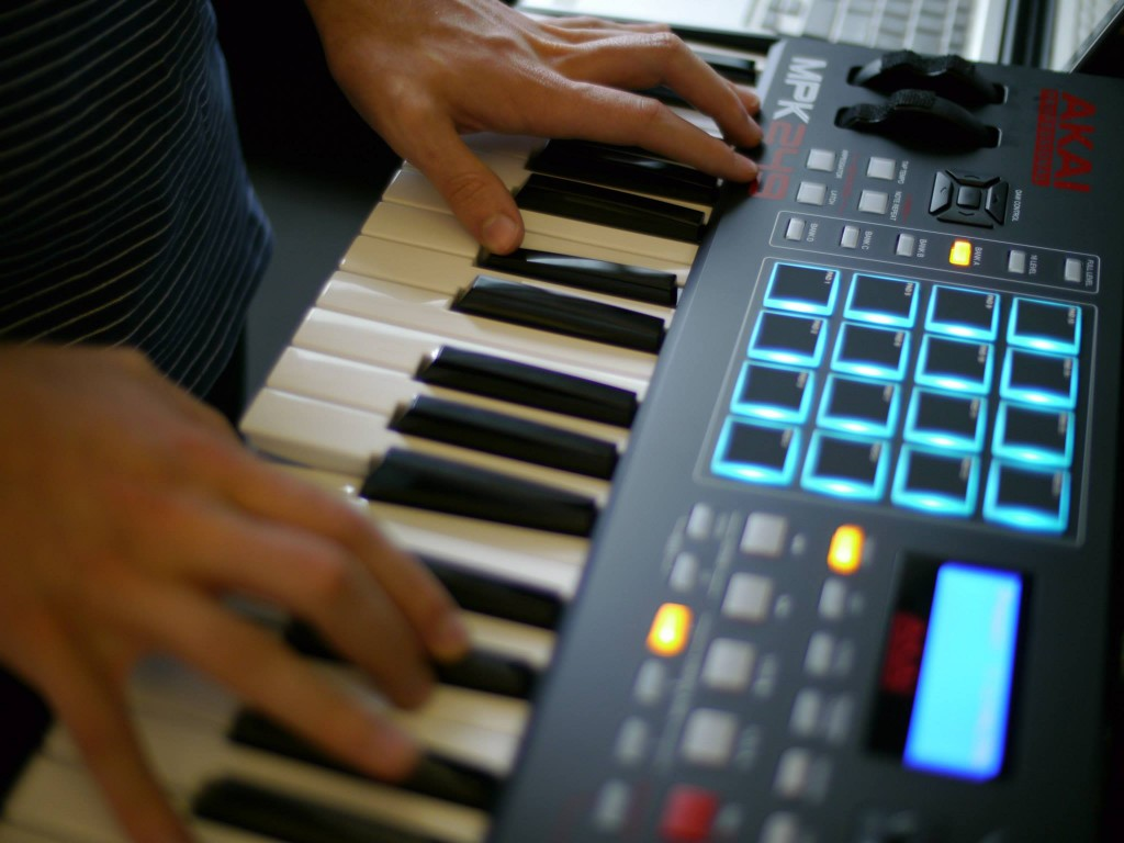 Akai MPK249 MIDI Keyboard Controller Review - The Wire Realm