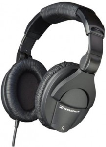 A solid pair of studio monitor headphones