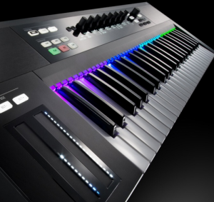 We review the new S61 MIDI keyboard by Native Instruments