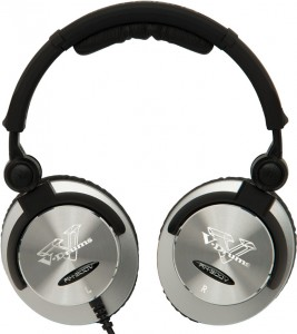 The earcups lay flat if you want to set them down
