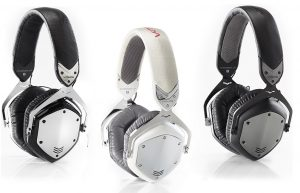 More studio headphones with noise isolating technology