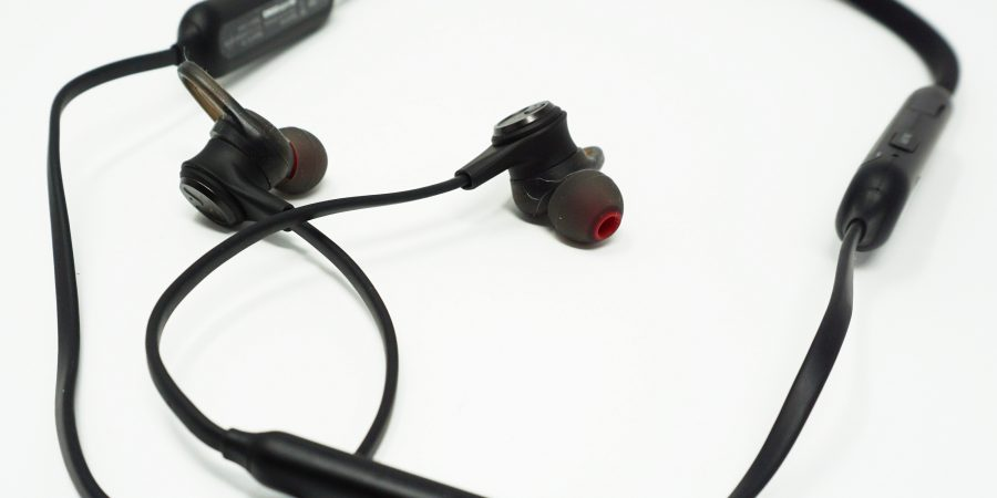 Linner NC50 Noise-Cancellation In-Ear Headphones Review