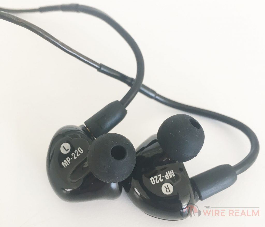 Another close look at the Mackie MP-220 in-ear monitors