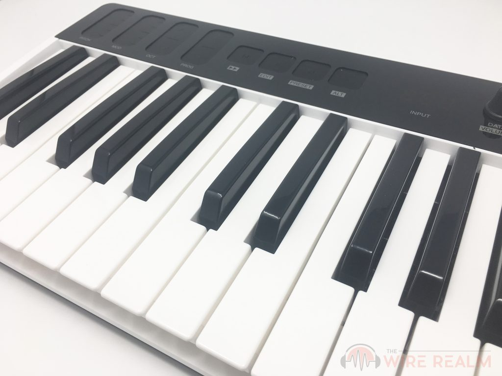 A close up of the iRig Keys I/O synth-action keybed