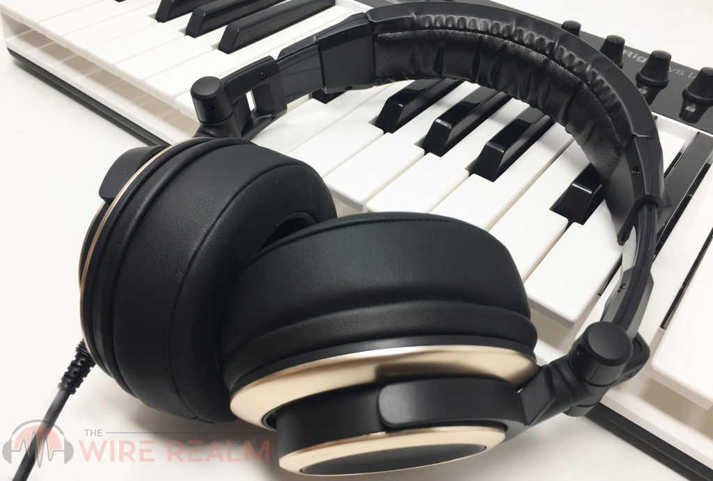 Here's a detailed review of the Status Audio CB-1