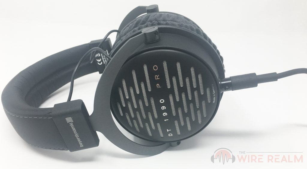 Review of the Beyerdynamic DT 1990 PRO studio headphones