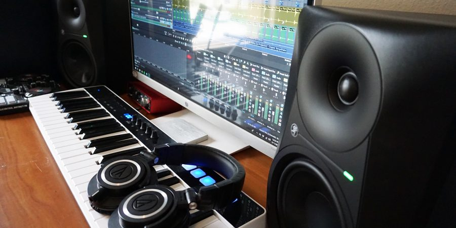 Mackie MR624 Studio Monitor Speaker Review