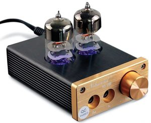 A desktop headphone amp to buy if you want a tube model