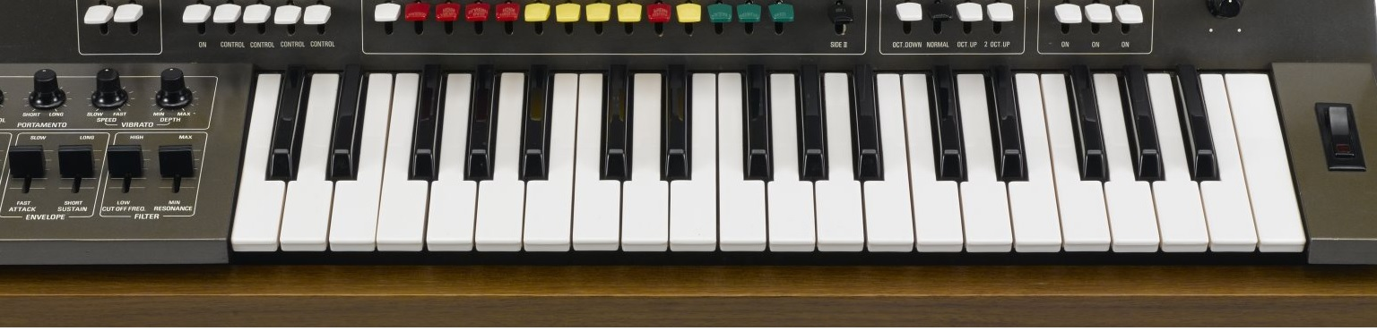 Continuing our guides, here are some free synths for you